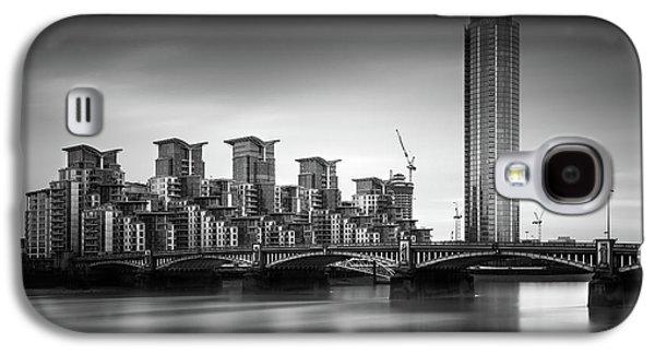 Vauxhall Bridge, London Galaxy S4 Case by Ivo Kerssemakers