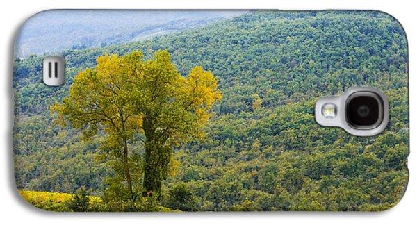 Vineyard  Chianti, Tuscany, Italy Galaxy S4 Case by Yves Marcoux