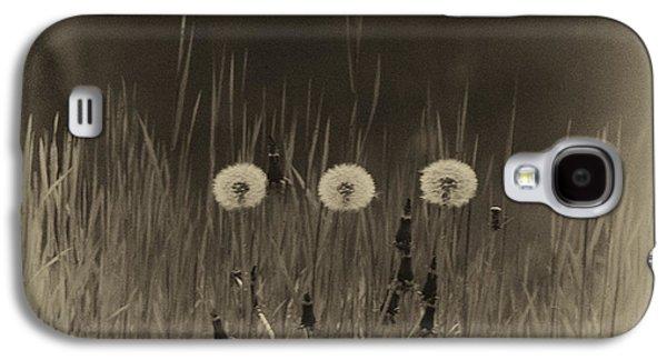 Vintage Clocks Galaxy S4 Case