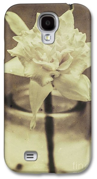 Vintage Floral Still Life Of A Pure White Bloom Galaxy S4 Case by Jorgo Photography - Wall Art Gallery