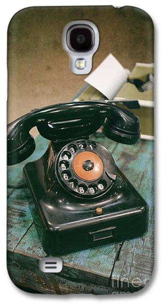 Vintage Phone Galaxy S4 Case by Carlos Caetano