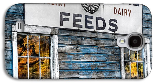 Vintage Feed Sign Galaxy S4 Case by Bill Wakeley