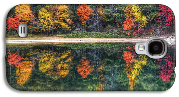 Walden Pond Fall Foliage Concord Ma Reflection Galaxy S4 Case