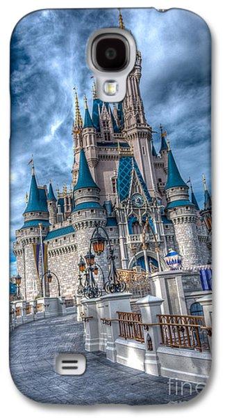 Walkway To Cinderellas Castle Galaxy S4 Case