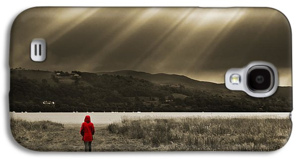 Sunbeams Galaxy S4 Cases - Watching In Red Galaxy S4 Case by Meirion Matthias