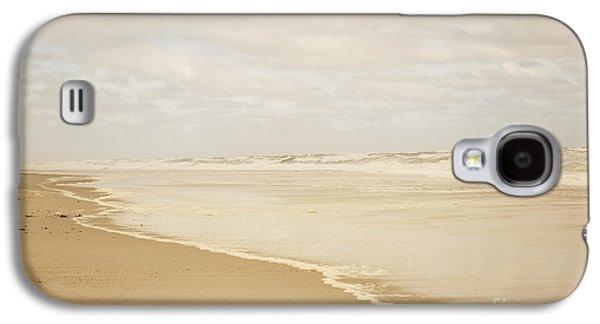 Waves Along The Shoreline Galaxy S4 Case by Juli Scalzi
