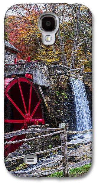 Wayside Inn Grist Mill Autumn Sudbury Ma Galaxy S4 Case by Toby McGuire