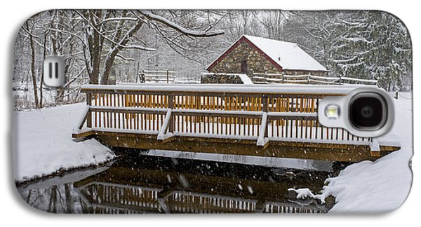 Wayside Inn Grist Mill Covered In Snow Bridge Reflection Galaxy S4 Case by Toby McGuire