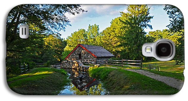 Wayside Inn Grist Mill Reflection Galaxy S4 Case by Toby McGuire