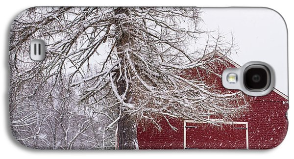 Wayside Inn Red Barn Covered In Snow Storm Reflection Galaxy S4 Case by Toby McGuire