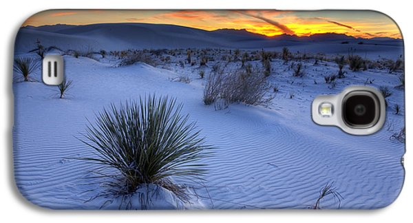 Desert Galaxy S4 Case - White Sands Sunset by Peter Tellone