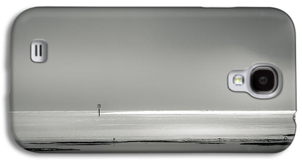 White Sandy Shore- B/w Galaxy S4 Case by Marvin Spates