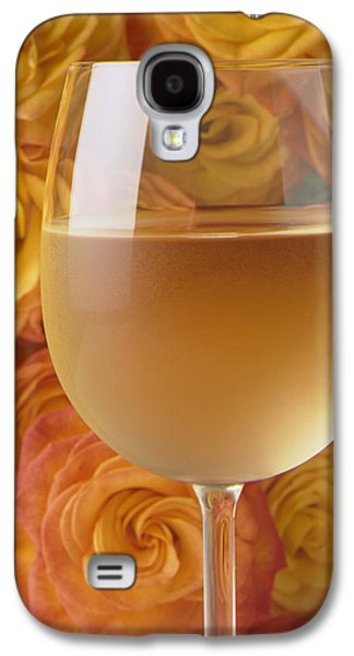 White Wine And Yellow Roses Galaxy S4 Case by Garry Gay