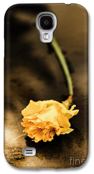 Wilting Puddle Flower Galaxy S4 Case by Jorgo Photography - Wall Art Gallery