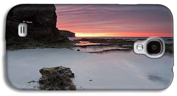 Kangaroo Galaxy S4 Case - Window On Dawn by Mike  Dawson