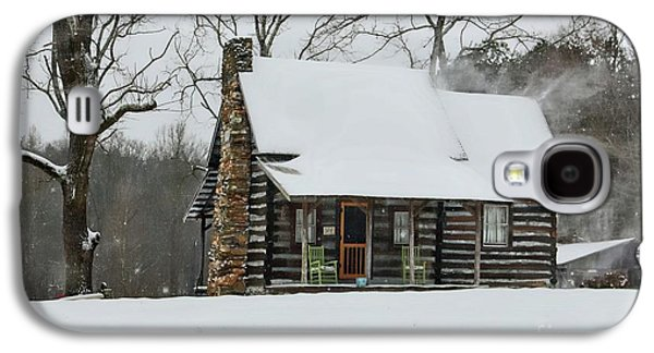 Windy Winter Day At The Cabin Galaxy S4 Case by Benanne Stiens