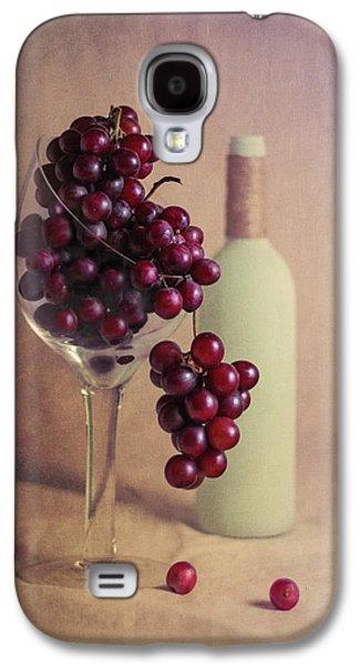 Wine On The Vine Galaxy S4 Case by Tom Mc Nemar