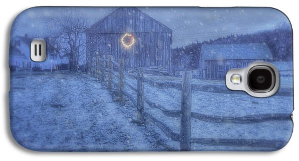 Winter Barn In Snow - Vermont Galaxy S4 Case