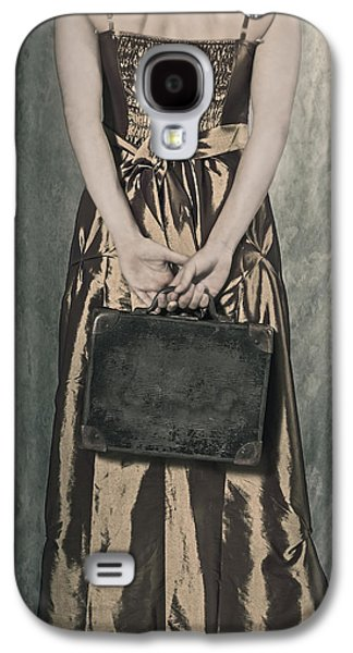 Woman With Suitcase Galaxy S4 Case by Joana Kruse