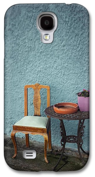 Wooden Chair And Iron Table Galaxy S4 Case by Carlos Caetano