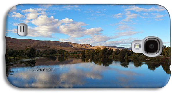 Yakima River Mirror Galaxy S4 Case by Mike Dawson