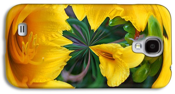 Galaxy S4 Case featuring the photograph Yellow Lily Orb by Bill Barber