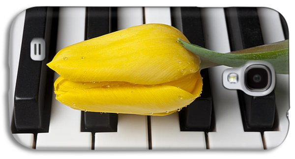 Yellow Tulip On Piano Keys Galaxy S4 Case