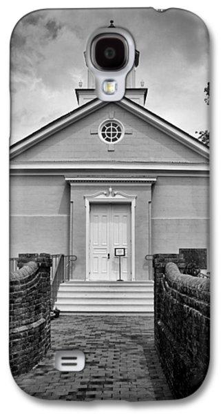 York-hampton Parish Church - Bw Galaxy S4 Case by Stephen Stookey