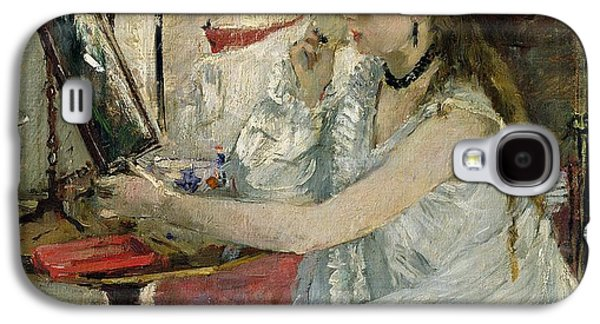 Young Woman Powdering Her Face Galaxy S4 Case by Berthe Morisot