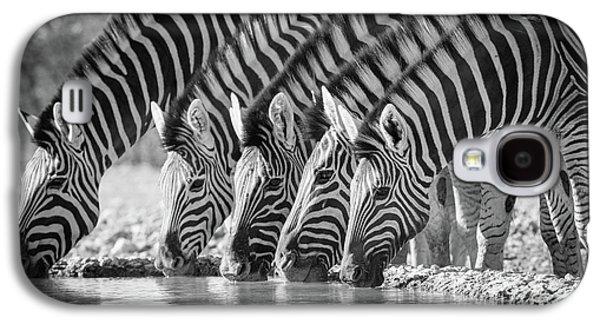 Zebras Drinking Galaxy S4 Case by Inge Johnsson