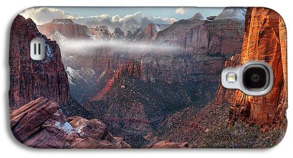 Zion Canyon Grandeur Galaxy S4 Case by Leland D Howard