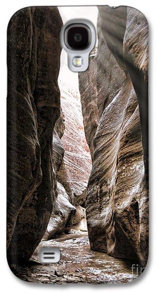 Zion Narrows Sun Rays Galaxy S4 Case by Keith Ducker