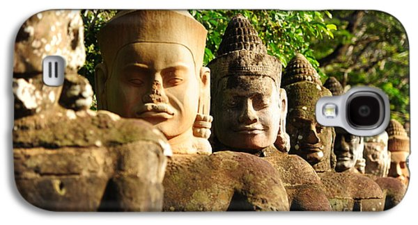International Travel Galaxy S4 Case - Giants In Front Gate Of Angkor Thom by Karinkamon