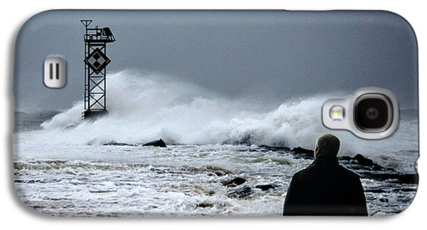 Galaxy S4 Case featuring the photograph Hurricane Watch by Bill Swartwout Fine Art Photography