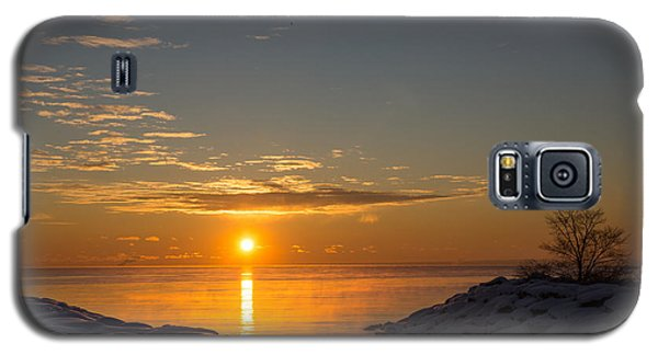 Galaxy S5 Case featuring the photograph -15 Degrees Sunrise by Georgia Mizuleva