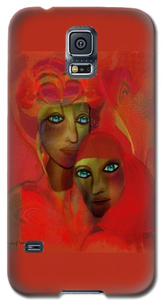 260 - Women In Red ... Galaxy S5 Case by Irmgard Schoendorf Welch