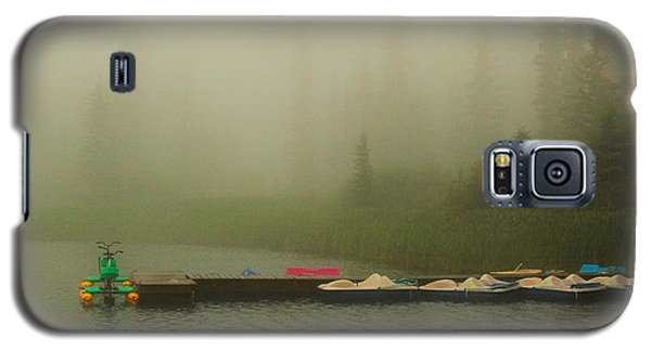 Galaxy S5 Case featuring the photograph  A Misty Day by Steven Reed