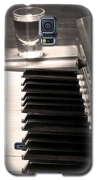 A Shot Of Bourbon Whiskey And The Bw Piano Ivory Keys In Sepia Galaxy S5 Case