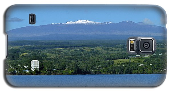 Galaxy S5 Case featuring the photograph  Hawaii's Snow Above Hilo Bay Hawaii by Lehua Pekelo-Stearns