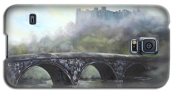 Galaxy S5 Case featuring the painting  Ludlow Castle In A Mist by Jean Walker