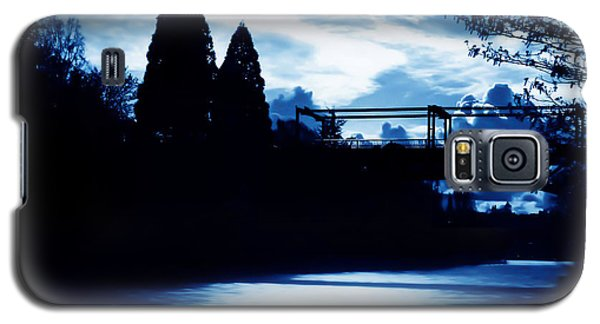 Galaxy S5 Case featuring the photograph  Montlake Bridge In Seattle Washington At Dusk by Eddie Eastwood