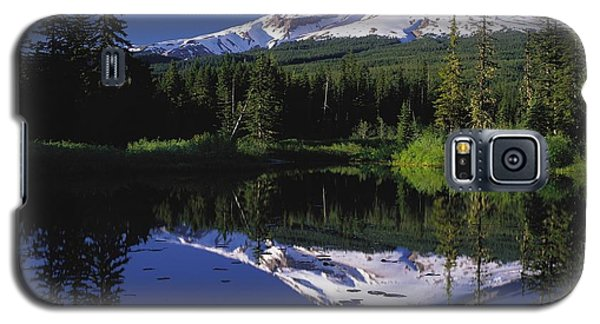 Galaxy S5 Case featuring the photograph  Mount Hood Oregon  by Paul Fearn