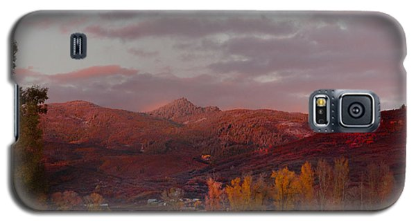 Rocky Peak Autumn Sunset Galaxy S5 Case by Daniel Hebard