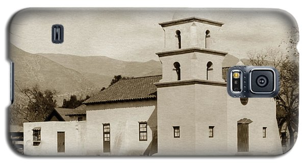 Galaxy S5 Case featuring the photograph  St. Thomas Aquinas Catholic Church  Ojai Cal 1920 by California Views Mr Pat Hathaway Archives
