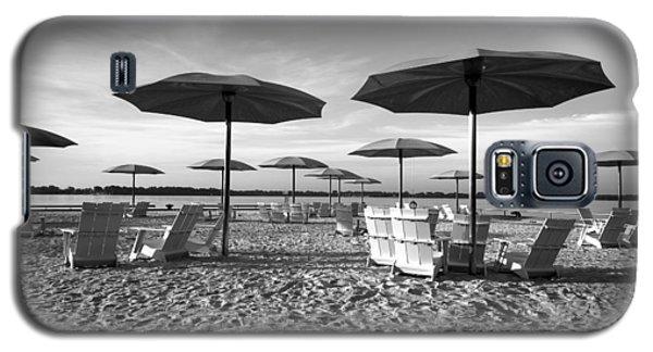 Umbrellas On The Beach Galaxy S5 Case