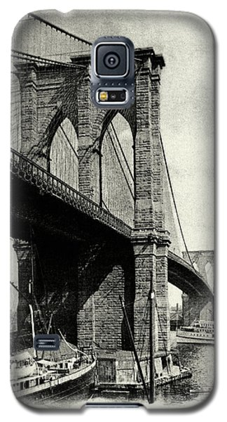 1900 Brooklyn Bridge  Galaxy S5 Case by Historic Image