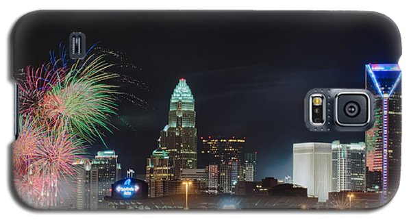 4th Of July Firework Over Charlotte Skyline Galaxy S5 Case