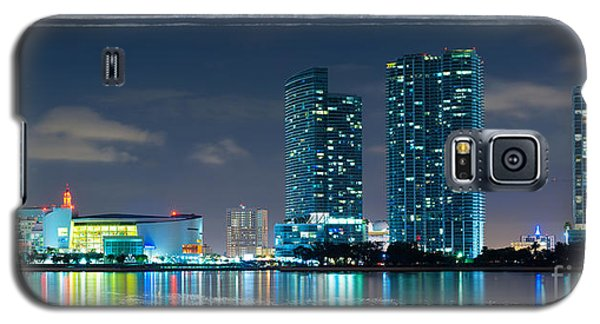 Galaxy S5 Case featuring the photograph American Airlines Arena And Condominiums by Carsten Reisinger