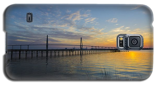 Sunset Over The Charleston Waters Galaxy S5 Case by Dale Powell