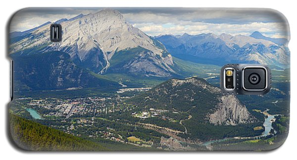 Galaxy S5 Case featuring the photograph Banff Town by Yue Wang